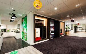 Bemmel en kroon 7 300x188 - Bemmel en Kroon. Leveren en aanbrengen 3800 m2 vloerafwerking incl. egaliseren van de vloer.