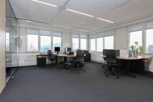 tapijt moorland investments 2 300x200 - Kantoor Moorland investements Almere. Leveren en aanbrengen van 970 m2 Vloerafwerking.